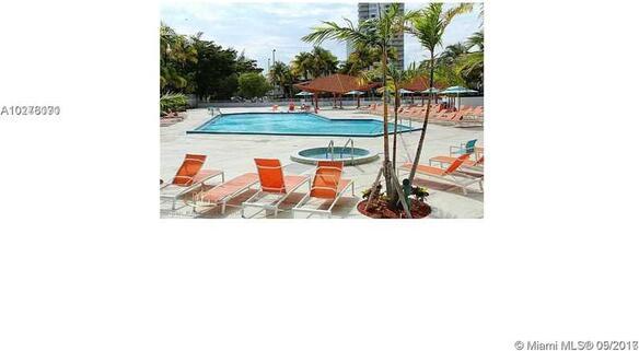 100 Bayview Dr., Sunny Isles Beach, FL 33160 Photo 8