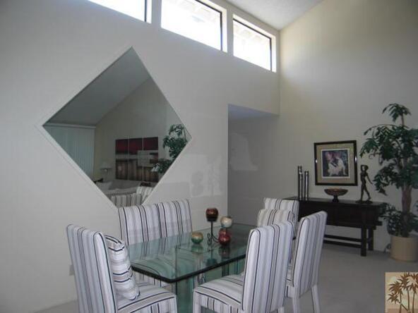 305 Avenida del Sol, Palm Desert, CA 92260 Photo 5