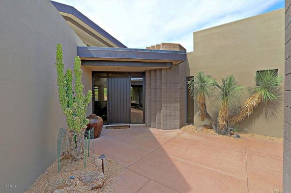 10514 E. Fernwood Ln., Scottsdale, AZ 85262 Photo 2