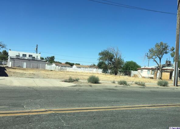 925 East Avenue Q6, Palmdale, CA 93550 Photo 2