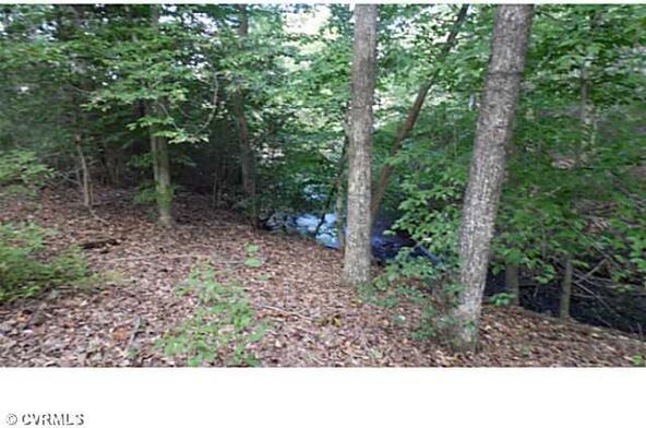 5 Pond View St., Tappahannock, VA 22560 Photo 4