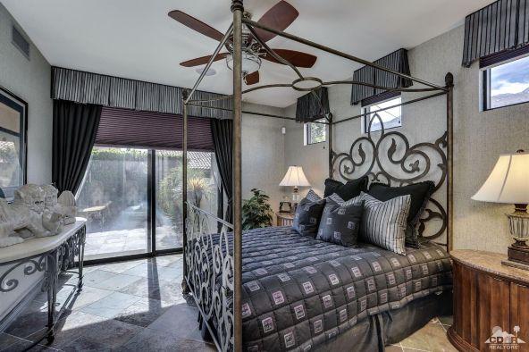 433 North Avenida Caballeros, Palm Springs, CA 92262 Photo 24