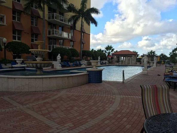 5077 N.W. 7 St. # 914, Miami, FL 33126 Photo 11