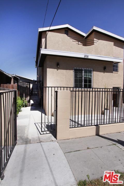 3131 Hyde Park, Los Angeles, CA 90043 Photo 2
