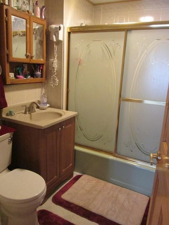 119 Ridgewood Ave., Holyoke, MA 01040 Photo 6