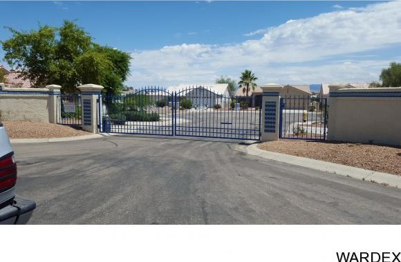 10735 S. Tranquil Bay, Mohave Valley, AZ 86440 Photo 11