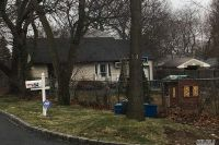 Home for sale: 52 E. 21 St., Huntington, NY 11743