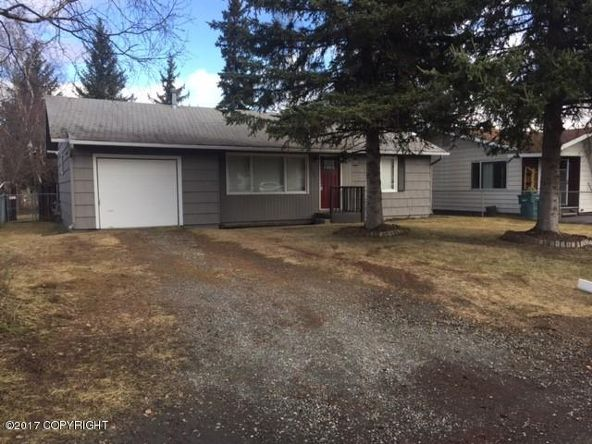 3211 E. 43rd Avenue, Anchorage, AK 99508 Photo 2