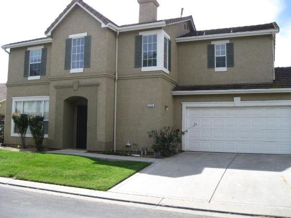 5228 E. Blossom Ln., Fresno, CA 93725 Photo 8