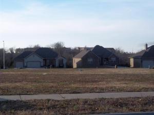 3816 North Rose L34 Avenue, Springfield, MO 65803 Photo 1