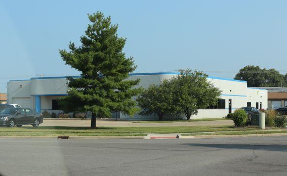 775 Linton, Springfield, IL 62703 Photo 4