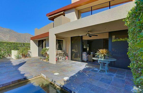 433 North Avenida Caballeros, Palm Springs, CA 92262 Photo 7