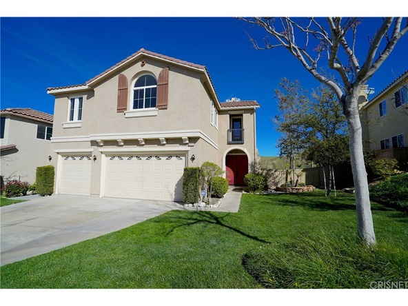 17217 Crest Heights Dr., Canyon Country, CA 91387 Photo 2