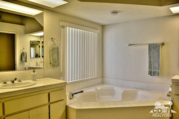 287 Vista Royale Cir. West, Palm Desert, CA 92211 Photo 23