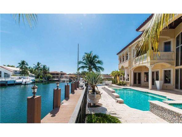 North Miami Beach, FL 33160 Photo 4