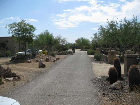 9xx E. Desert Hills Dr., Phoenix, AZ 85086 Photo 4