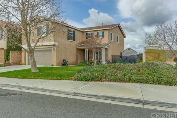 29729 Liverpool Ct., Castaic, CA 91384 Photo 4