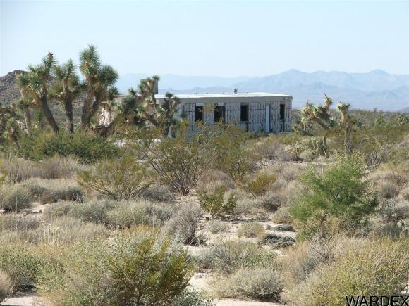 1752 E. Boriana Mine Rd., Yucca, AZ 86438 Photo 9