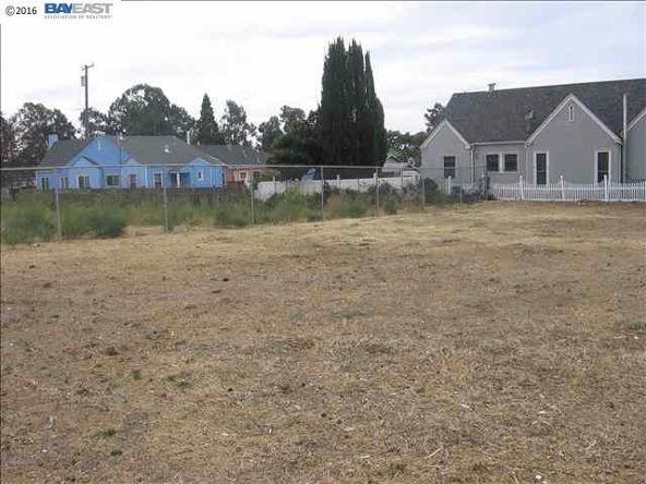 8201 E. Macarthur Blvd., Oakland, CA 94605 Photo 3