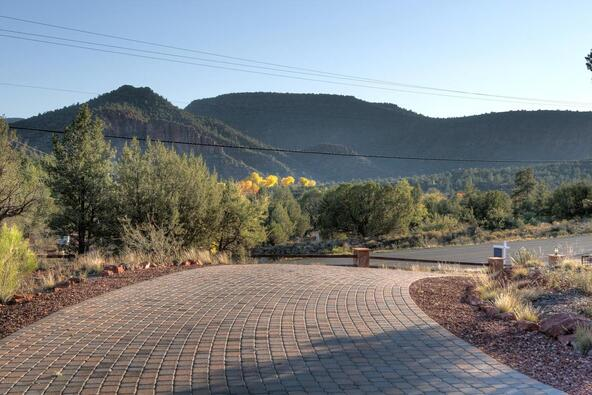 2 Pedregal de Sedona, Sedona, AZ 86336 Photo 9