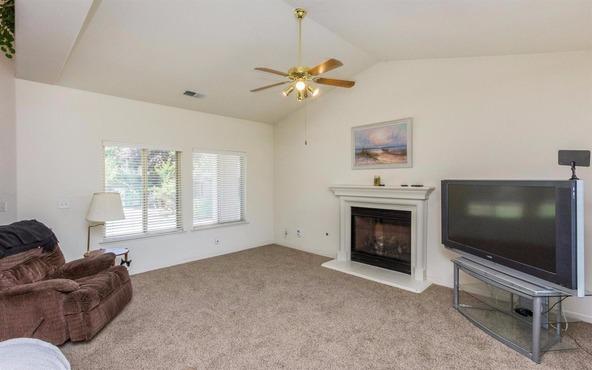 6590 E. Princeton Avenue, Fresno, CA 93727 Photo 2