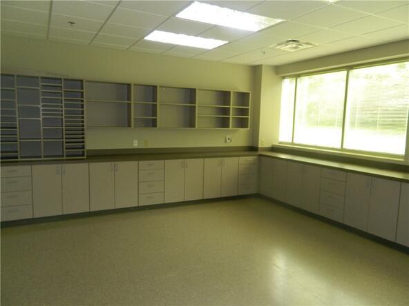 5506 W. Walsh Ln. Unit #Multiple Suites, Rogers, AR 72758 Photo 23