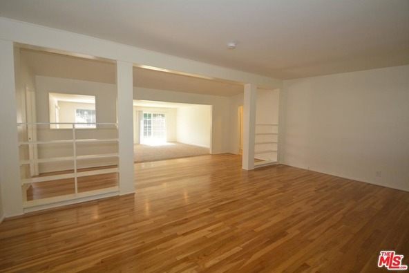 3135 Barry Ave., Los Angeles, CA 90066 Photo 9