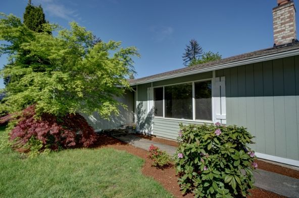 10211 Alaska St. S., Tacoma, WA 98444 Photo 2