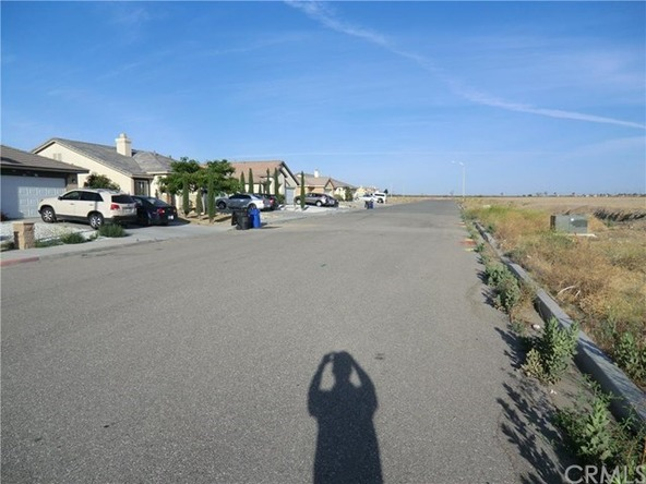 11838 Far Hills Ln., Victorville, CA 92392 Photo 2