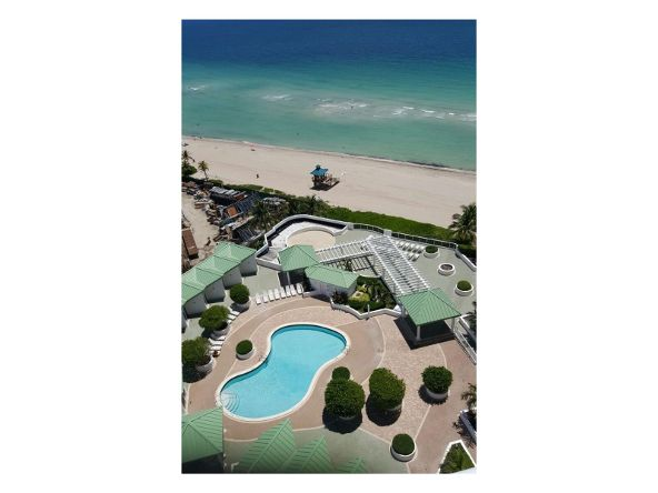 16711 Collins Ave., Sunny Isles Beach, FL 33160 Photo 5