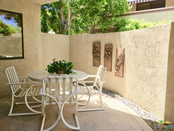 2501 N. Indian Canyon Dr., Palm Springs, CA 92262 Photo 10