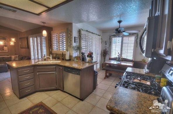 43815 la Carmela Dr., Palm Desert, CA 92211 Photo 12