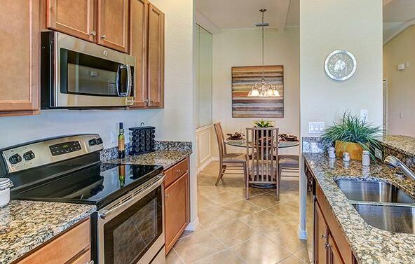 306 Winding Brook Lane #104, Bradenton, FL 34212 Photo 4