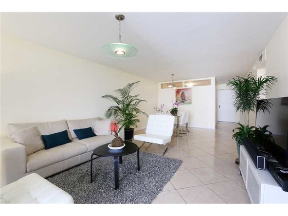 2401 Collins Ave. # 1610, Miami Beach, FL 33140 Photo 10