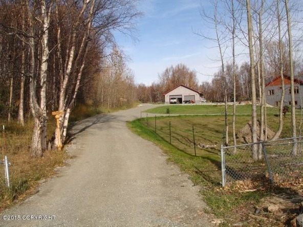 2301 N. Hemmer Rd., Palmer, AK 99645 Photo 4