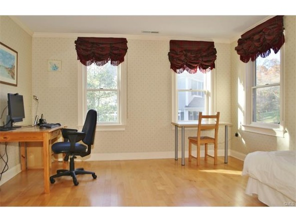 165 Edward Pl., Stamford, CT 06905 Photo 16