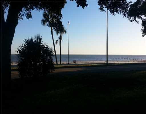1918 Beach Dr., Gulfport, MS 39507 Photo 5