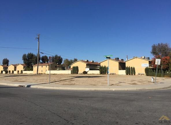 2600 Los Carneros Pl., Bakersfield, CA 93307 Photo 3
