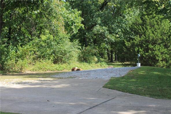 3220 E. Huntsville Rd., Fayetteville, AR 72701 Photo 2