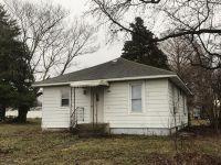 Home for sale: 202 Poplar, Elkville, IL 62932