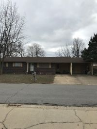 Home for sale: 915 Cambridge, Sikeston, MO 63801