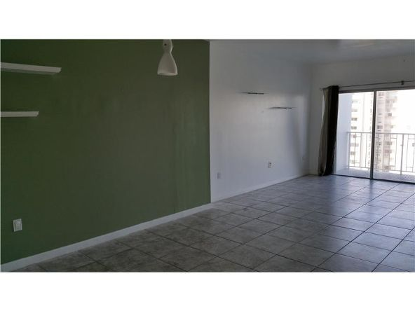 500 Bayview Dr. # 919, Sunny Isles Beach, FL 33160 Photo 6