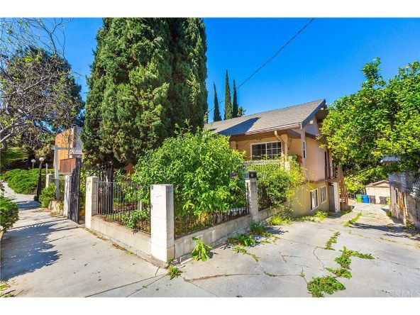 1133 Sanborn Avenue, Los Angeles, CA 90029 Photo 3