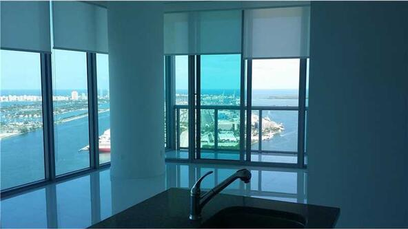 888 Biscayne Blvd. # 5208, Miami, FL 33132 Photo 4