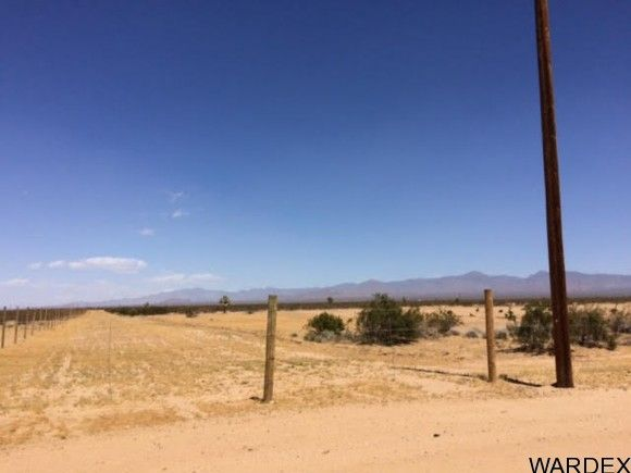 2537 E. Red Barrel Dr., Yucca, AZ 86438 Photo 21