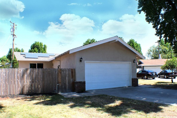 2420 Apache Ln., Modesto, CA 95350 Photo 5