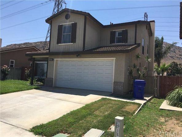 16429 Trelaney Rd., Fontana, CA 92337 Photo 3