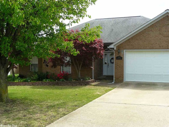 1105 Cantrell Dr., Mountain View, AR 72560 Photo 6