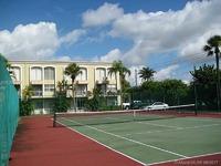 Home for sale: Miami, FL 33015