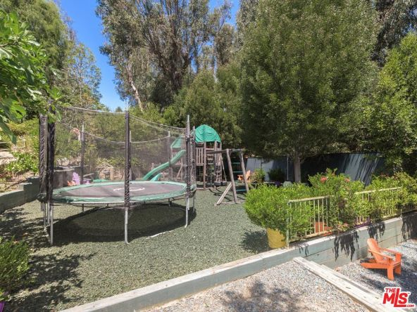 499 Halvern Dr., Los Angeles, CA 90049 Photo 6